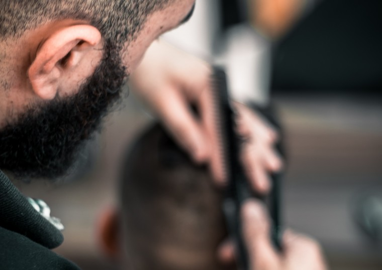 Is it possible to have a buzz cut after hair transplantation ?